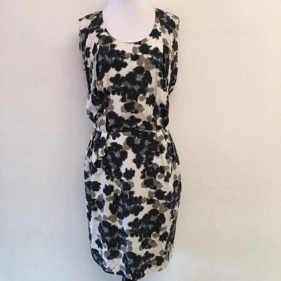 Paul Smith Dresses & Skirts - Paul Smith X Sleeveless Sheath Dress Size 40 or 4